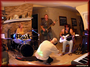 Photo: Cherry, Tony, Siggi and Brian. A great band evening in Brian's house in Longwood.