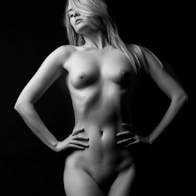 Carla Monaco by Philip Cormack - Nudes & Boudoir Artistic Nude ( model, b&w, monochrome, nude, pavilion photographic studio, art nudde, carla monaco, beautiful, white, powerful, naked, artistic, mono, black )