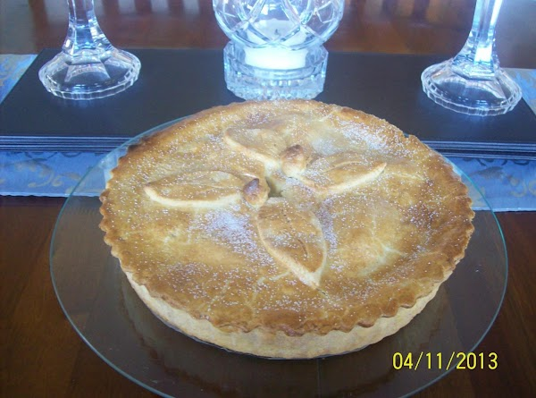 Homemade Irishstyle Apple & Clove Pie Recipe