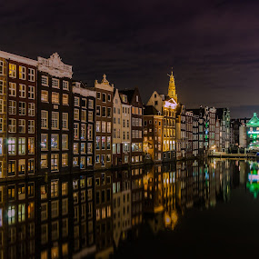 Amsterdam by night by Henk Smit - City,  Street & Park  Night ( damrak, reflections, long exposure, amsterdam, evening,  )