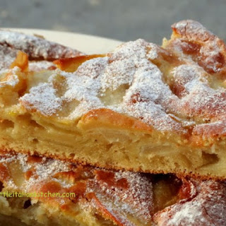 Simple Apple Cake, Soft And Moist.