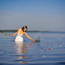 Wedding photographer Sergey Bobrov (bobrovpro). Photo of 16.04.2014