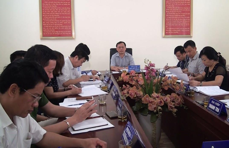 Ông Phan Đức Đồng, Bí thư Thành ủy Vinh chủ trì buổi tiếp dân định kỳ