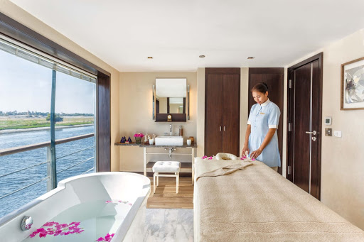 Take time out during your adventure along the Nile River for a spa treatment aboard Oberoi Philae.