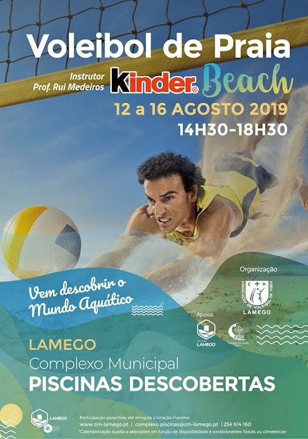 Piscinas Descobertas convidam à prática de voleibol de praia