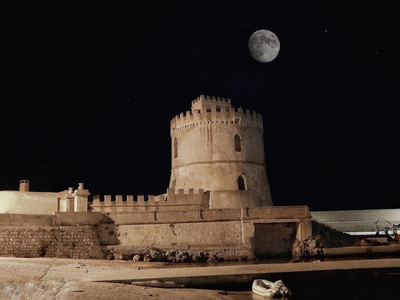 Luna&torre saracena  di Capirizzo