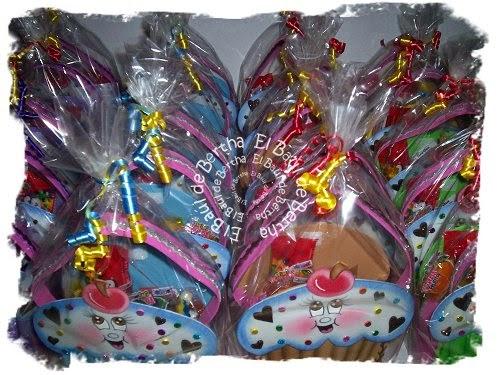 Cotillón CupCake con Chispas de Chocolate en forma de Corazón PjK2VL-zWocmXB0Zh1Oz_CQAHuDtlpcs7tzEIUHITrgWxASQ57itp8nVD5uP7lq6Fp081aPRo8lmD5q-8l1Lah5At5LiZOLuGvXKG95mHexQ5liOQKGvR8s6bA0r5C_S1-eexPO02SqeDoUjkVIECoRQNECvxn1GCaInJRWMzYfpvR3217my-ASyzci9yRIy9klYzVCyoRFQQ3MYcsN-G5EXppFf_-ef3XPOI7cW3CqTRHCPEyELdz-1Jc-h8d9dM0k6HGs6tmaieJsgXtB5pLgLMDKS8kgnzzFCNqBnlQ1WqUB30qC06N2utMypuDs6kS4Nkfcp04K-MbulLOxSNsuTiq5ELUqIq0arP8lJ_5dpGFay9FN0lsxSrmS5rmEKyxVDgQms90R0l-Udt-3WezUrKvUZGp1pVgW2ja4WGBSohgrstJn0psL9WvywTAJoPSWHPENQRdbwgAMnr-jKchPR4OBf-jjeJuNs6xczdxnkC8RLQaMPO8He5FUxUyqrUDz3XqvR1ACwDlIZomMzOwlGNnGhqoHmD3U8HZSD3knBCgkp9WCyGrwzP2ArKJbf4psve6JAQ92biZIm-Ok9T0G55lw3H2Fea_Q1YMa1a5ap5-8N7tio=w500-h375-no