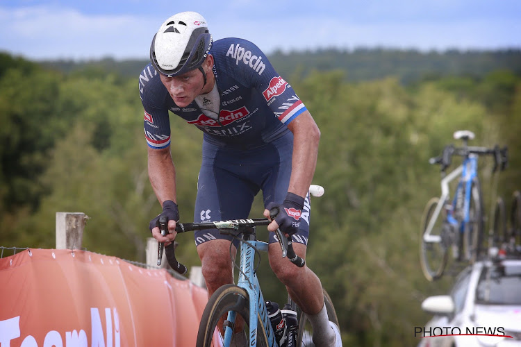 Van der Poel doet het op zijn Remco's met aanval van ver en is voor tweede maal Nederlands kampioen op de weg
