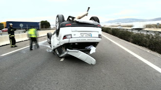 Imagen de archivo de un accidente ocurrido en una vía de la provincia.