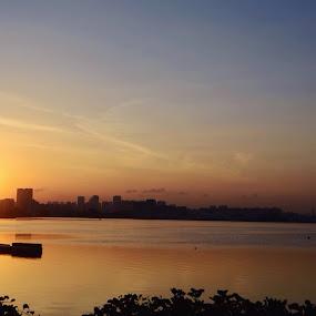 Sunrise - Pandan Reservoir, Singapore by Suriati Yacob - Landscapes Sunsets & Sunrises ( sunrise, singapore )