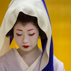 Geisha by Zetsu Nawa - People Portraits of Women ( japan, geisha, maiko )