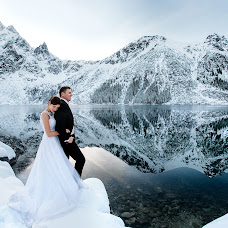 Wedding photographer Karolina Grzegorzek (KarolinaGrzegor). Photo of 19.11.2017