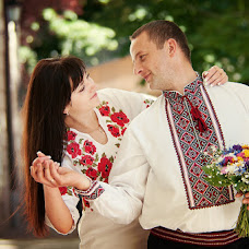 Wedding photographer Mikhail Loish (N-LM). Photo of 19.06.2013