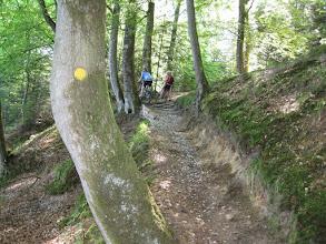 """Photo: Helle fra MTB3 ved foden - """"Er det jeres alvor, vi skal den vej?!"""""""