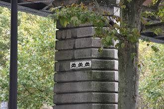 Photo: Street art - Space invaders -Paris XIIIe -