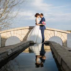 Wedding photographer Maksim Zharnikov (krmaxx). Photo of 03.10.2017