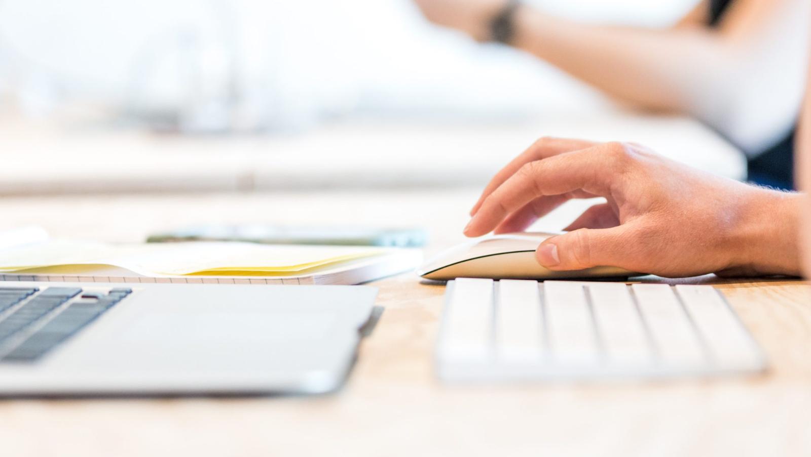Quando si tratta di creazione di contenuti, il marketing visivo è la chiave per invogliare le persone a cliccare..
