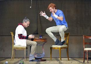 """Photo: WIEN/ Theater in der Josefstadt: """"Totes Gebirge"""" von Thomas Arzt. Inszenierung: Stephanie Mohr. Premiere am 21.1.2016. Peter Scholz, Stefan Gorski. Copyright: Barbara Zeininger"""