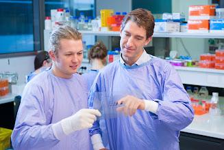 Photo: Dickins group: L-R Oliver Le Grice, Ross Dickins http://www.acbd.monash.org/research/dickinsgroup.html