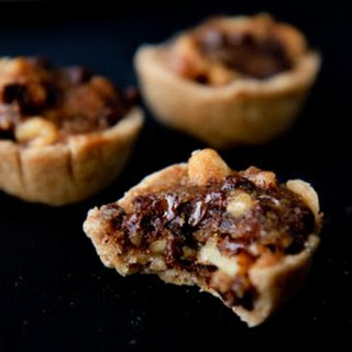 Bite-Sized Vegan Chocolate Bourbon Pies