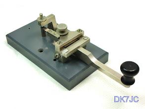 """Photo: Schwedische Morsetaste - SSA Pump Key  ca.1970   hergestellt i.A.v. Föreningen Sveriges Sändareamatörer  gefunden in OZ  """"SM""""  # 712"""