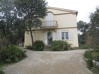 villa à Plan-de-la-Tour (83)