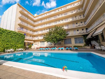 EL HOTEL - Terraza de Piscina