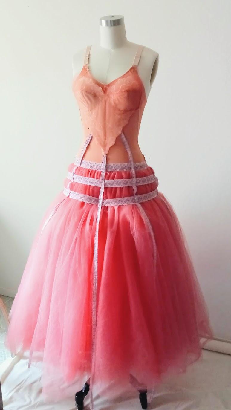 In-Progress: Bubblegum Dreaming Cage Dress - DIY Fashion Garment   fafafoom.com