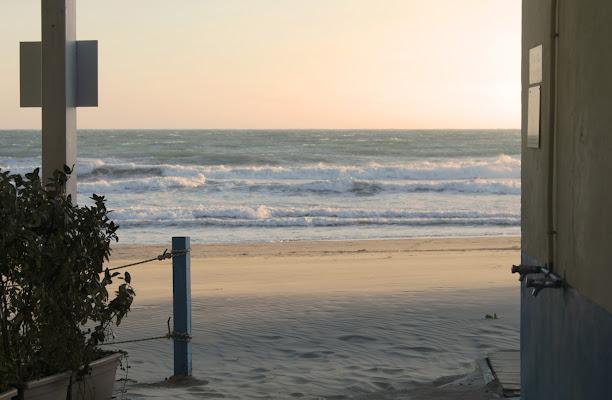 Spiaggia d'oro - Imperia 2017 di FZATOX