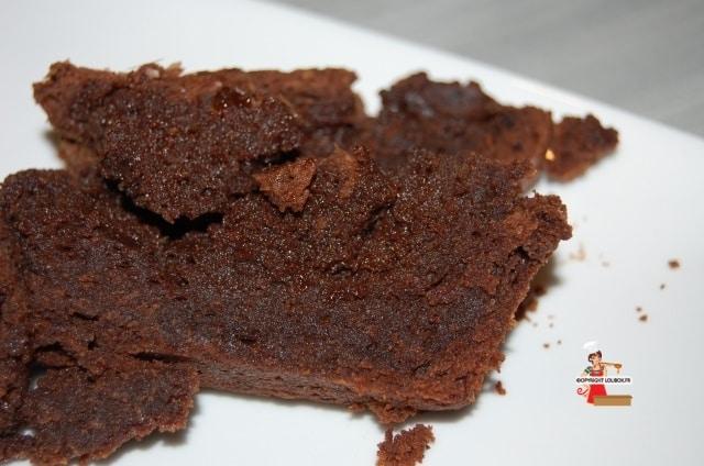 Dark Chocolate Brownies with Tonka Beans