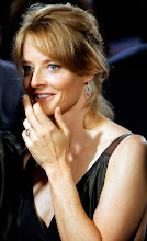 """Photo: US actress Jodie Foster arrivesarrives for the premiere of her film """"The Brave One"""" (Italian title: Il Buio Nell Anima), in central Rome, 18 September 2007. AFP PHOTO / ANDREAS SOLARO (Photo credit should read ANDREAS SOLARO/AFP/Getty Images)"""