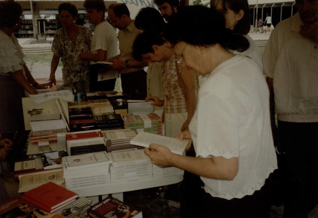 Ünnepi Könyvhét Szolnokon 1995