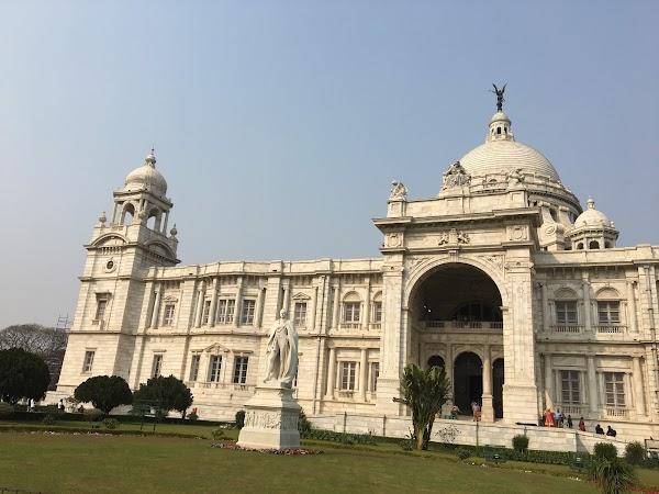 Popular tourist site Victoria Memorial in Kolkata