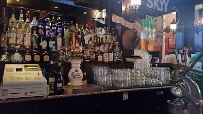 The Blarney Stone Parking - Find Cheap Street Parking or Parking Garage near The Blarney Stone   SpotAngels
