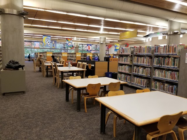 Bellevue Library image