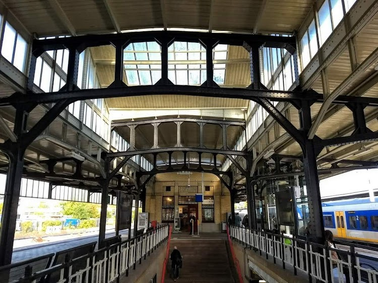 Station Naarden bussum Bussum