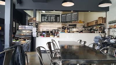 Station Cafe Parking - Find Cheap Street Parking or Parking Garage near Station Cafe | SpotAngels
