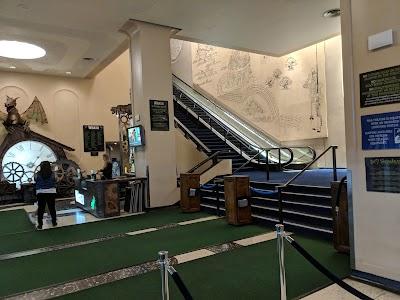 Gershwin Theater Parking - Find the Cheapest Street Parking and Parking Garage near Gershwin Theater | SpotAngels