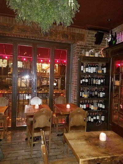 Sofia Wine Bar Cafe Parking - Find the Cheapest Street Parking and Parking Garage near Sofia Wine Bar Cafe | SpotAngels