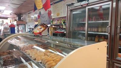 Bakery La Casa De Los Antojitos Parking - Find Cheap Street Parking or Parking Garage near Bakery La Casa De Los Antojitos | SpotAngels