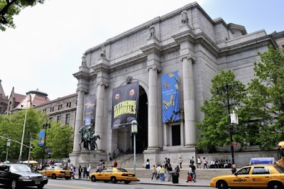 American Museum Of Natural History Parking - Find Cheap Street Parking or Parking Garage near American Museum Of Natural History | SpotAngels