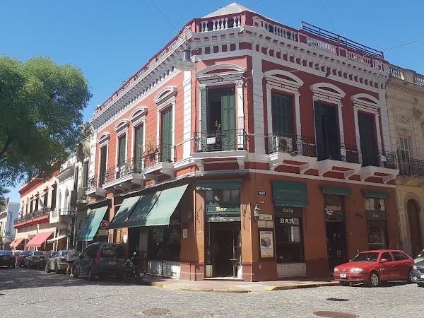 Popular tourist site Plaza Dorrego in Buenos Aires