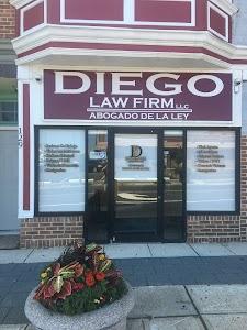 Diego Law Firm, LLC. (Abogado / Attorney)