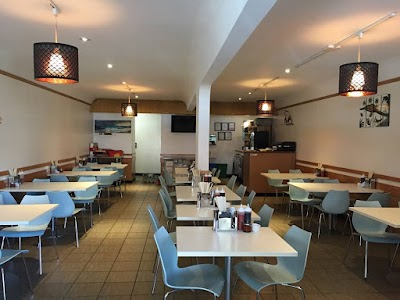 Ly's Vietnamese Cuisine Parking - Find Cheap Street Parking or Parking Garage near Ly's Vietnamese Cuisine | SpotAngels