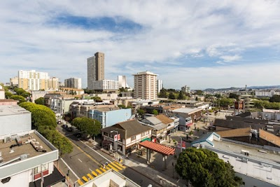 Kimpton Buchanan Hotel Parking - Find Cheap Street Parking or Parking Garage near Kimpton Buchanan Hotel   SpotAngels