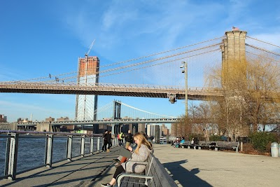 Brooklyn Bridge Park Parking - Find Cheap Street Parking or Parking Garage near Brooklyn Bridge Park | SpotAngels