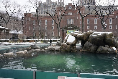 Central Park Zoo Parking - Find Cheap Street Parking or Parking Garage near Central Park Zoo | SpotAngels