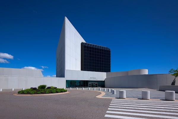 Popular tourist site John F. Kennedy Presidential Library and in Boston