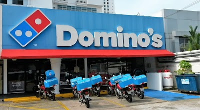 Domino's Pizza Parking - Find Cheap Street Parking or Parking Garage near Domino's Pizza | SpotAngels