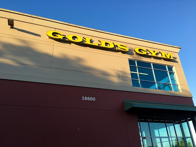 Gold's Gym Woodinville